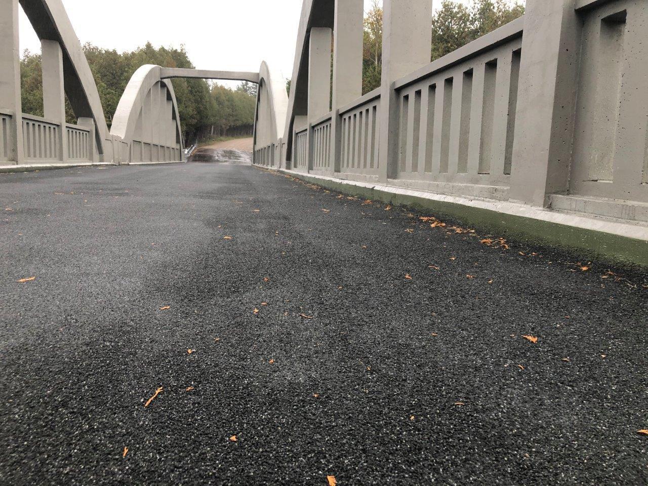 Caledonia Bridge-Lo-Mod