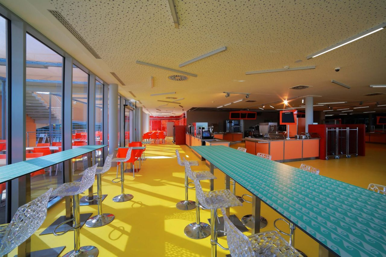 Sika® ComfortFloor® was used in the restaurant and bar area