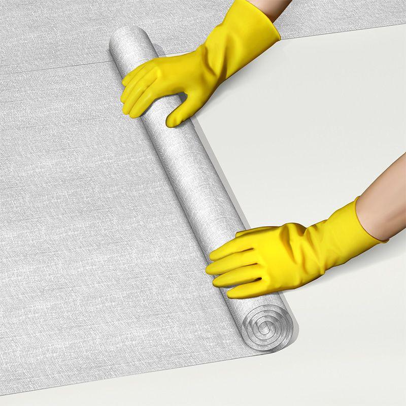 Laying Sikalastic Fleece-120 membrane
