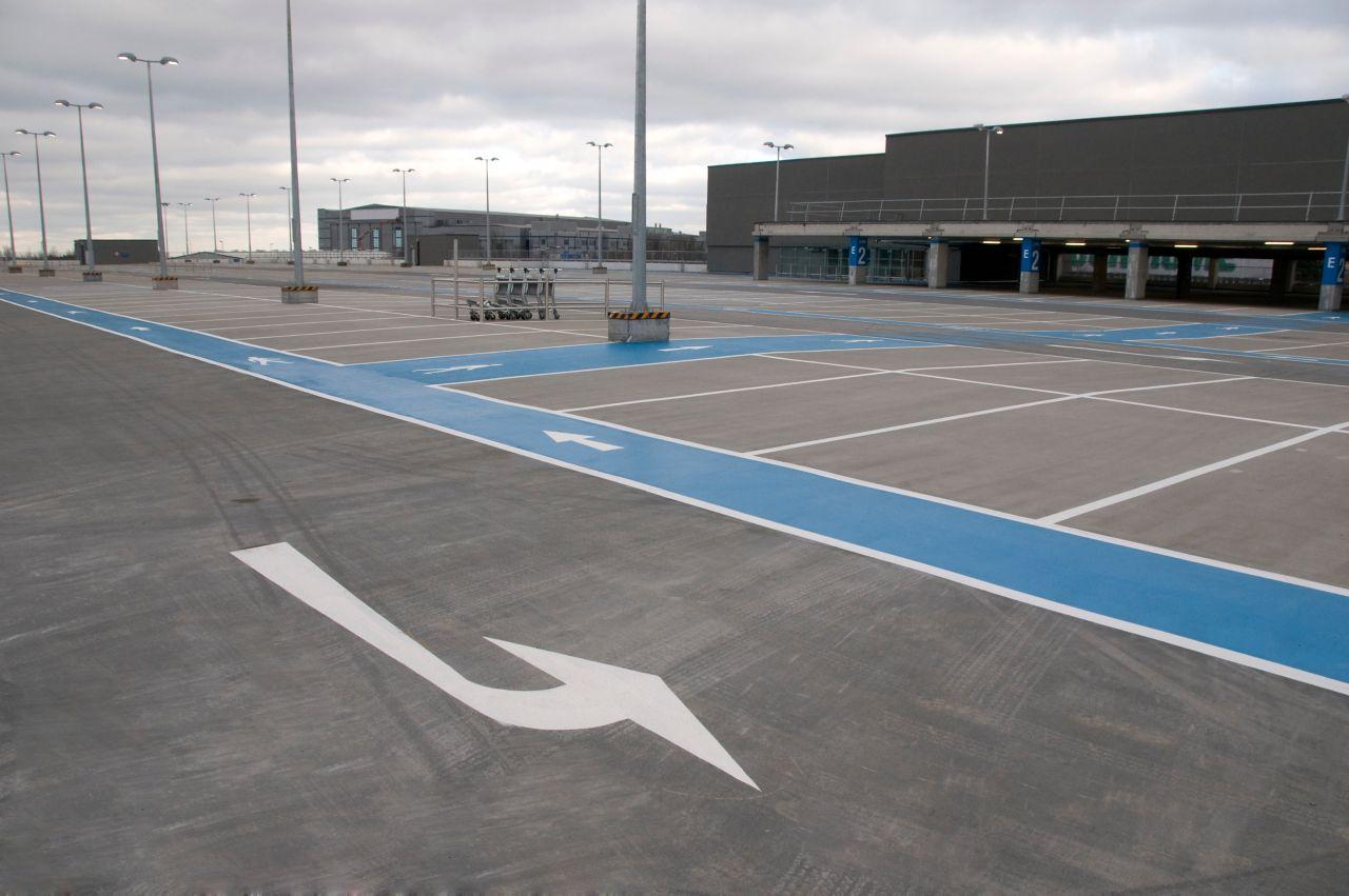 IE-Car Park-Dublin Terminal 2