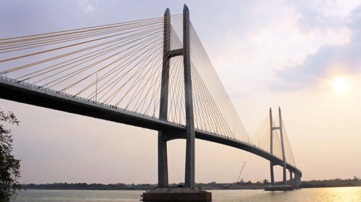 Neak Loeung Bridge Cambodia