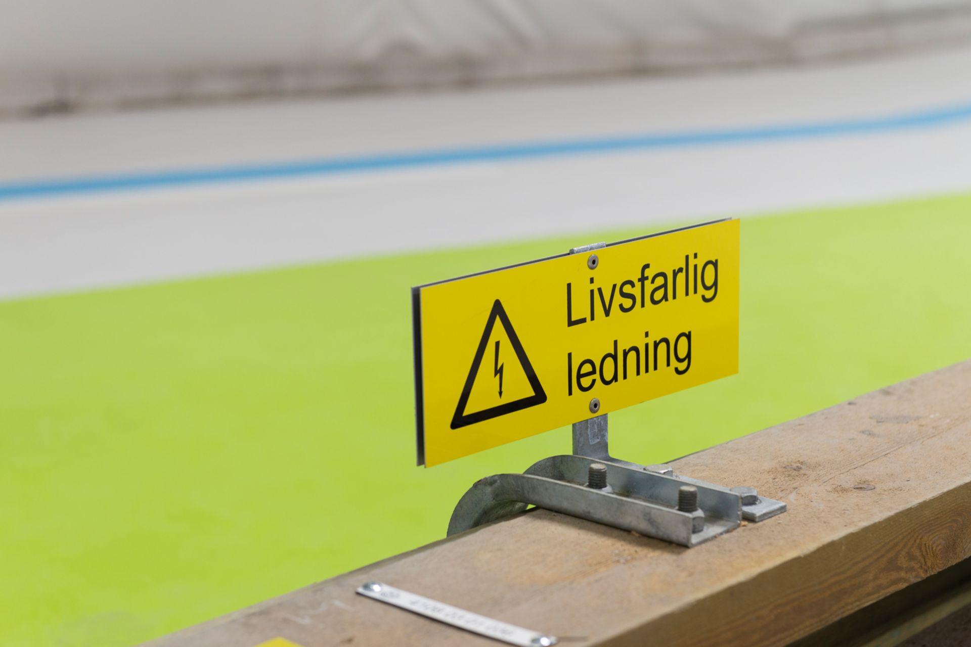 SAW. Flooring. Hycem.