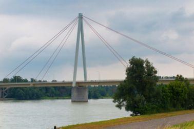 Andreas-Maurer-Brücke Hainburg Ansicht