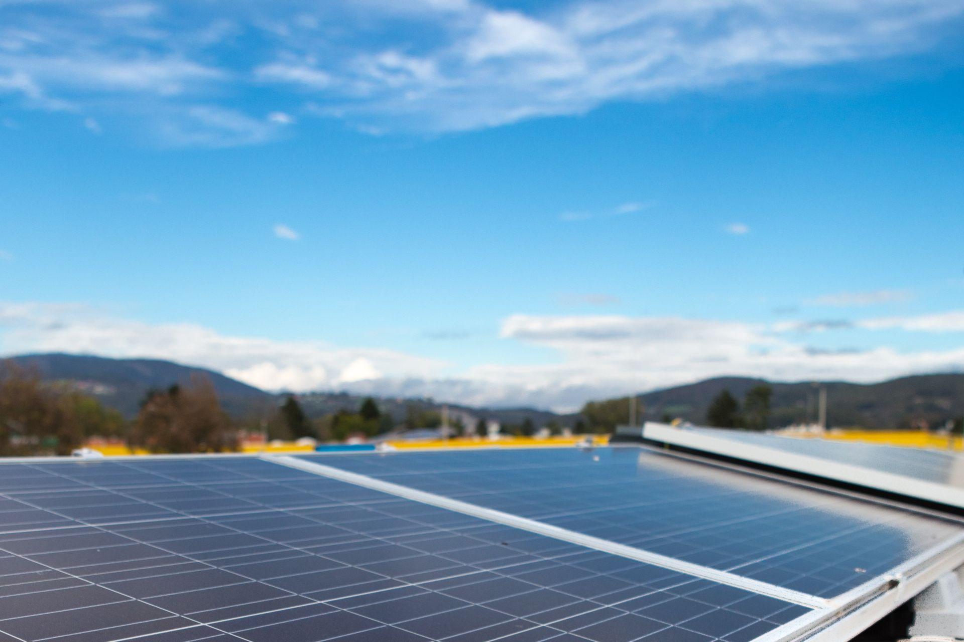 Sika® SolarMount-1, durchdringungsfreie Befestigung für PV-Module