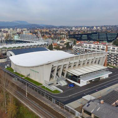 Ein Sika CoolRoof® für das Eisstadion