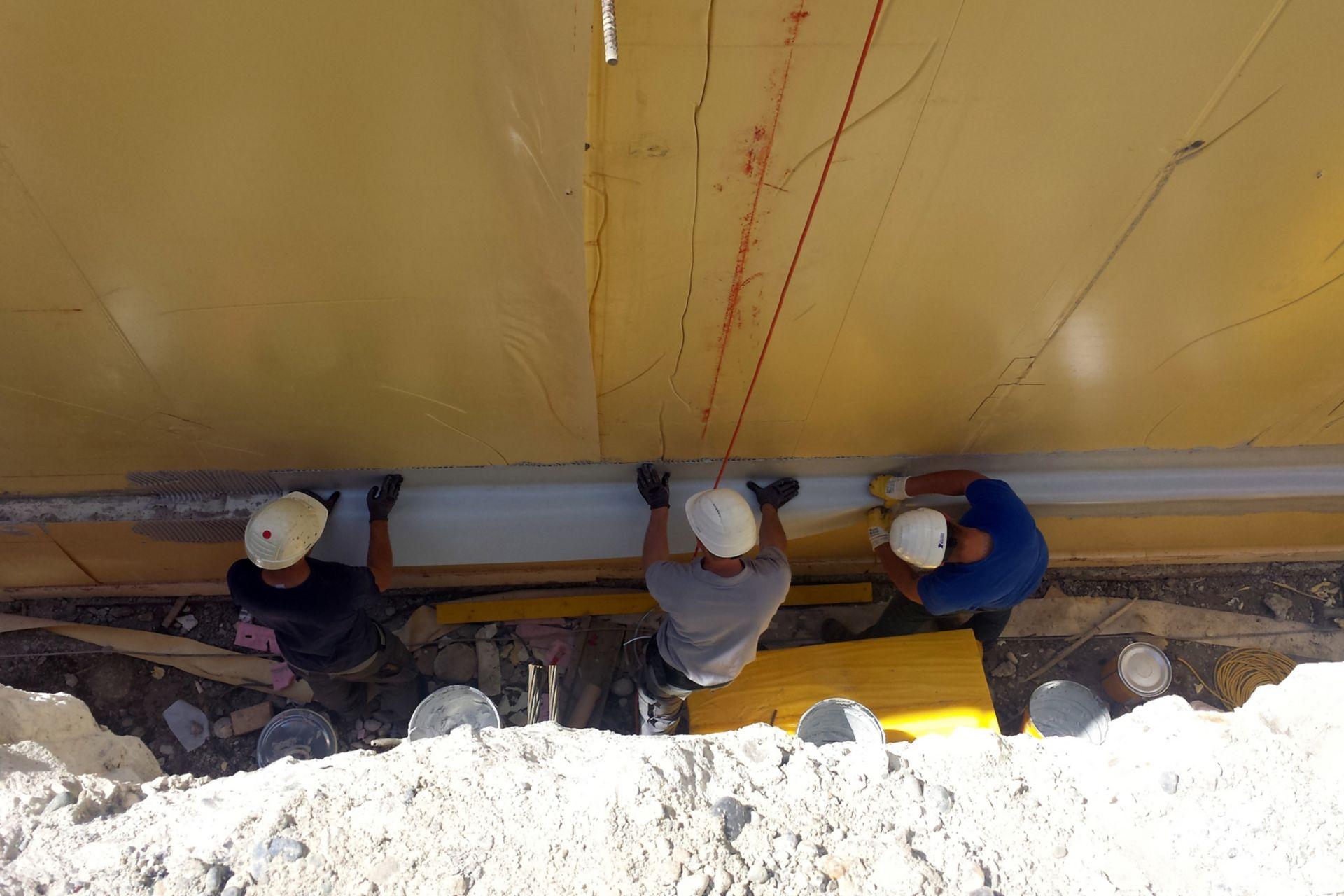 Abdichtung des Bodenplattenüberstandes mit dem Sikadur-Combiflex® System