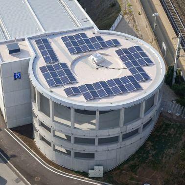 Nutzung der Sonnenenergie auf dem Dach