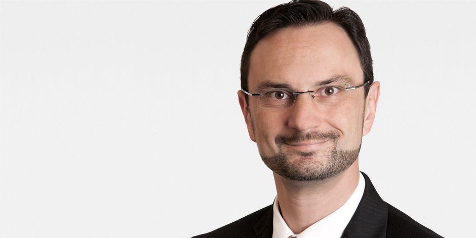 Portraitfoto Maik Thronicker, Geschäftsbereichsleiter Finanzen