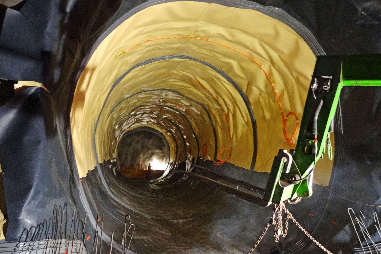 Bözberg-Bahntunnel Schinznach/Effingen, Querverbindung