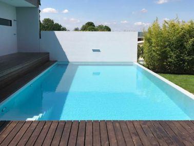 Instandsetzen und Beschichten von Schwimmbecken