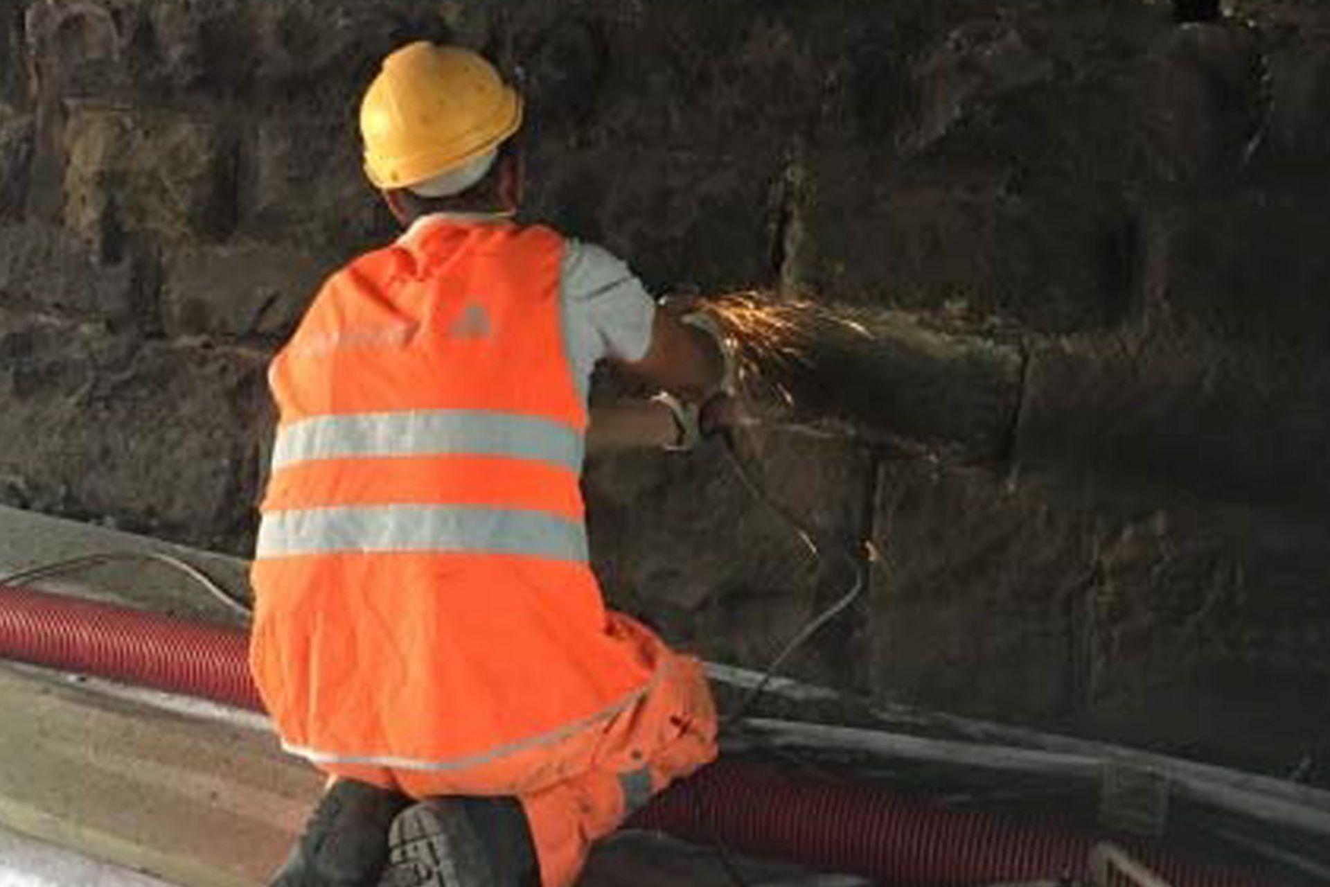 Verfestigen von Steingewölbe in Eisenbahntunnel