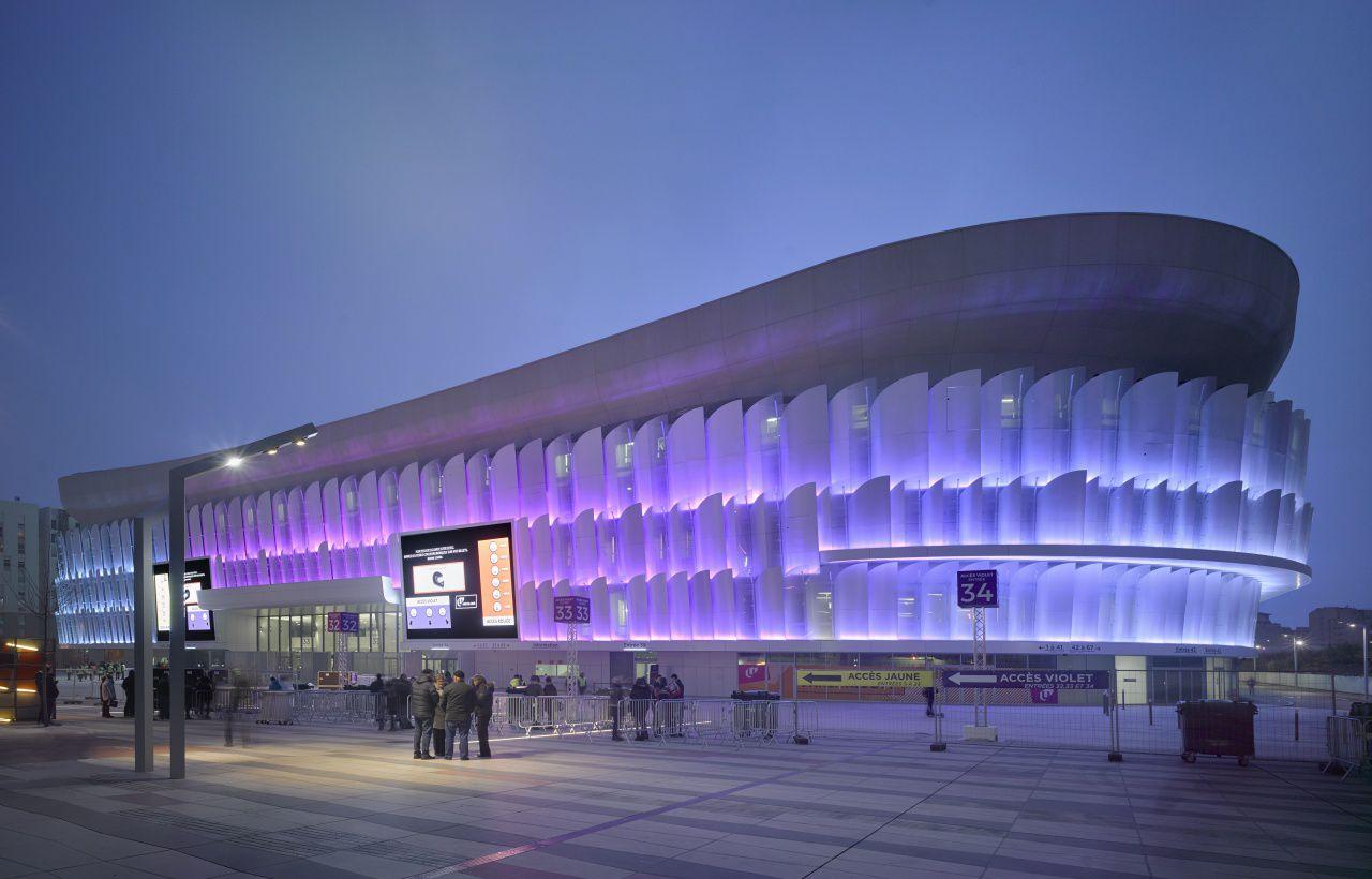 strukturální lepení fasády
