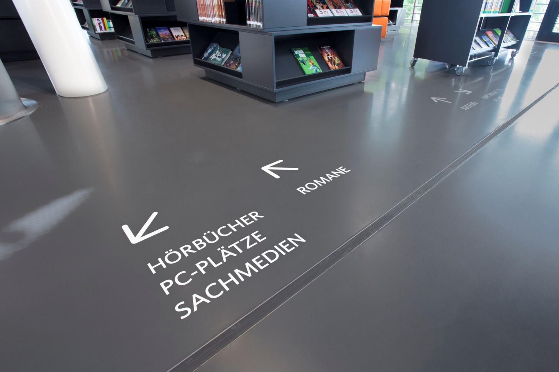 Flooring: Bibliothek Bad Vilbe