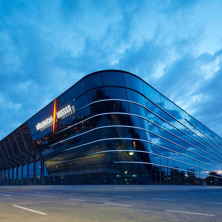 Industrial Coatings: Messehalle 3a Nürnberg