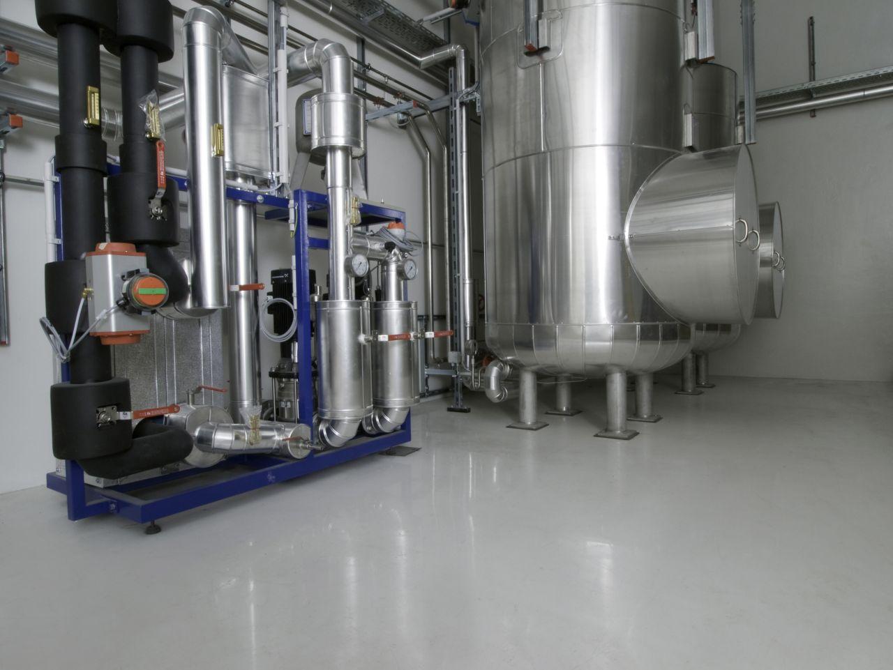 Sika Gewässerschutzsystem in Produktion