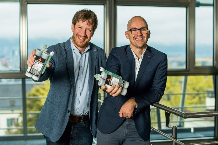 Fabien Choffat, Head Product Development - 2C Adhesives, and Marko Zivaljic, Corporate Business Development Manager Structural Bonding, presenting the new adhesive technology at the ETH, Zurich