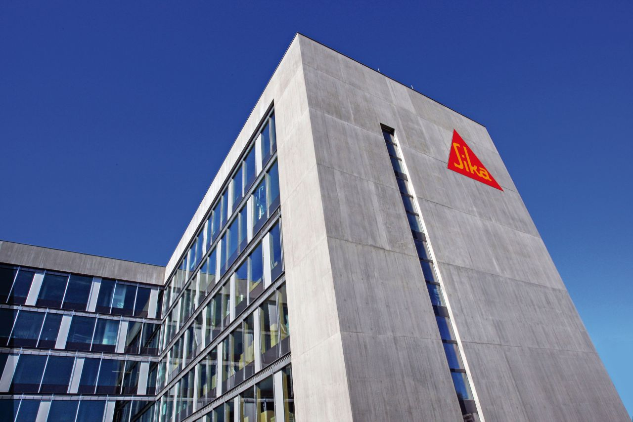 Sika logo on the building in Zürich