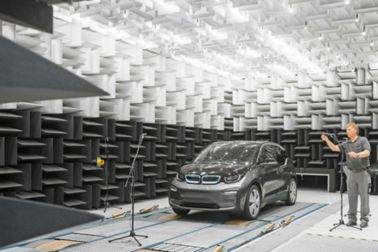 Vehicle acoustic testing on chassis dynamometer in hemi anechoic chamber