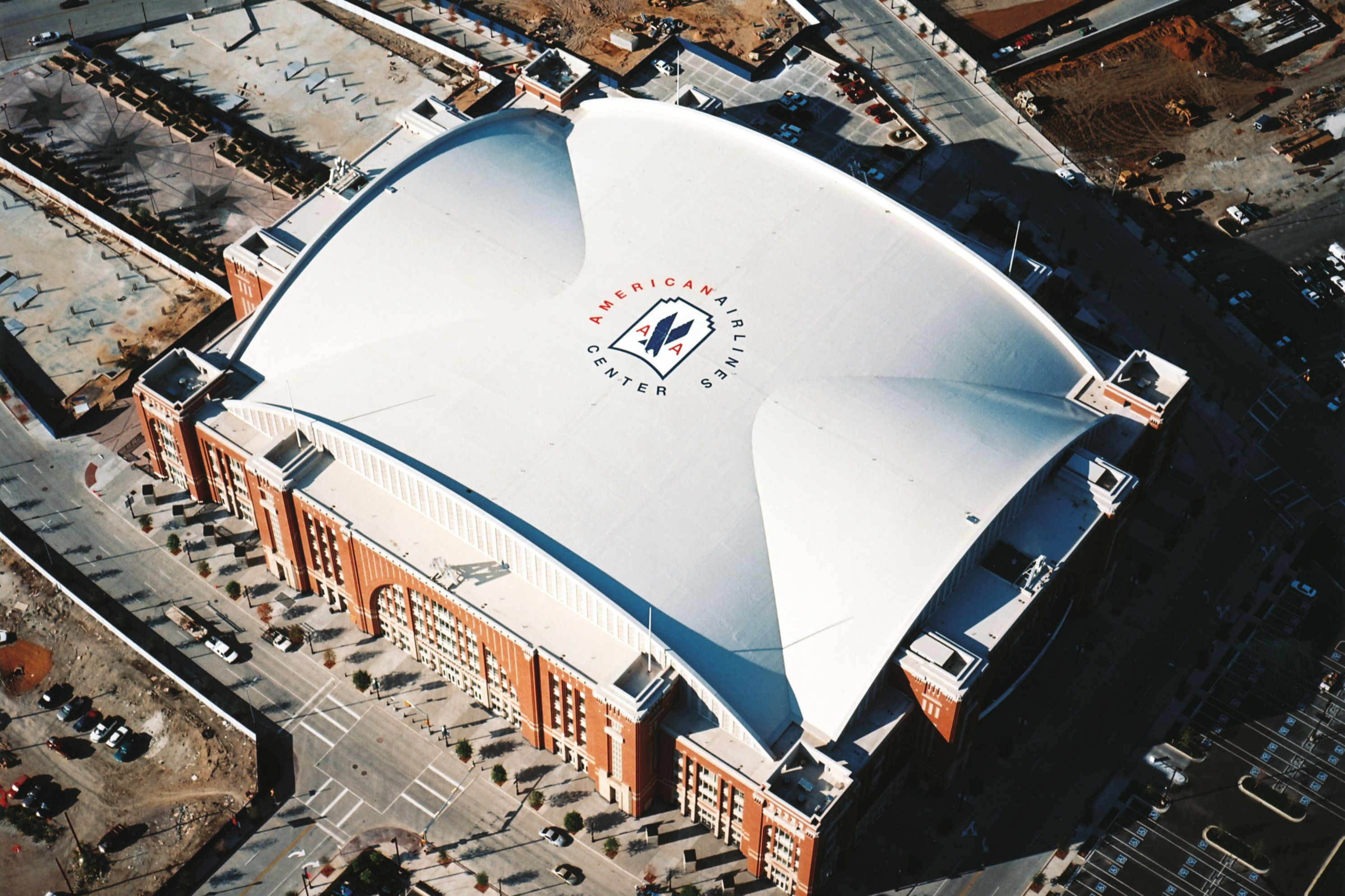 Sika roof graphics applied on American Airlines Center in Dallas, USA