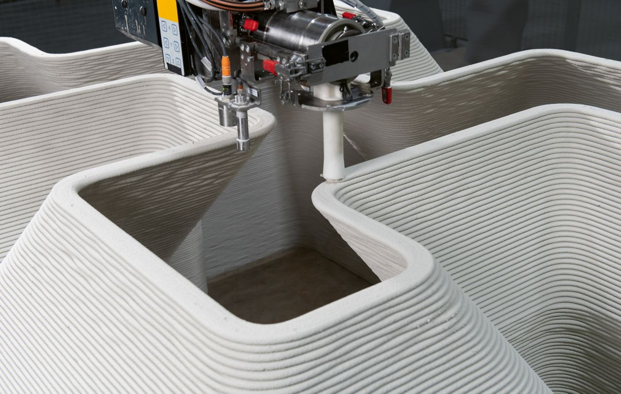 Patented print head developed by Sika for 3D concrete printing