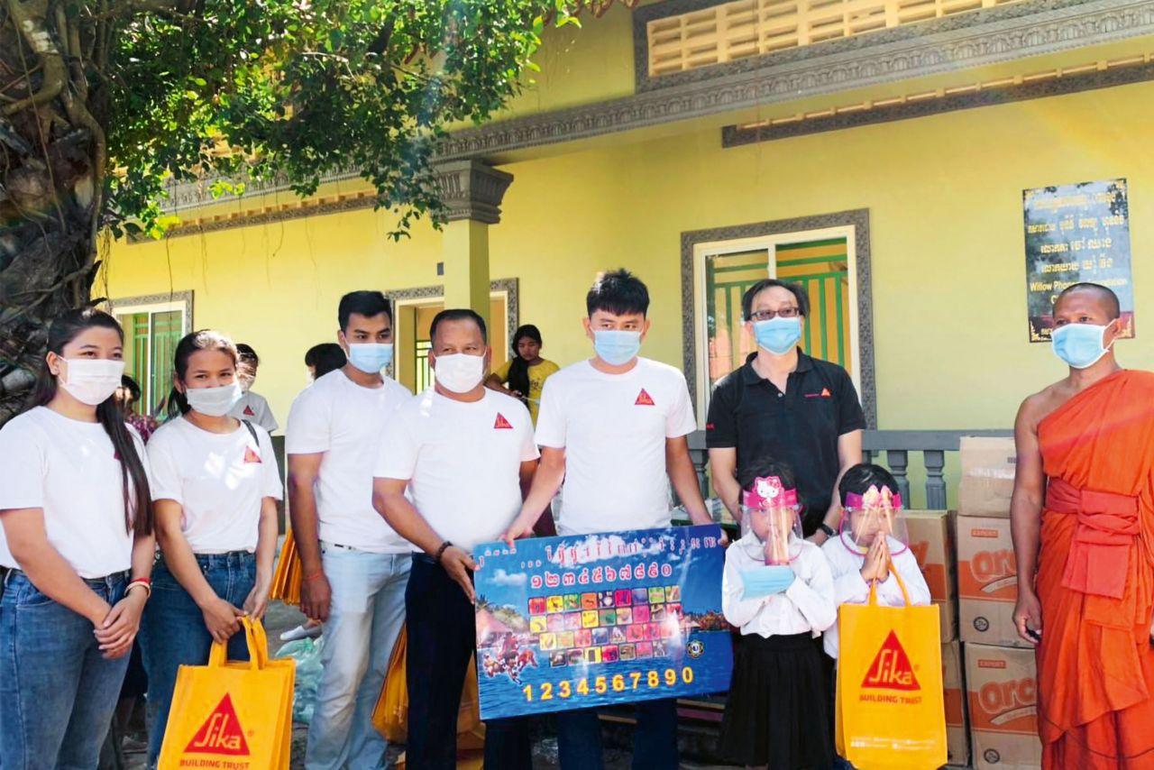 Community Engagement Team – Cambodia