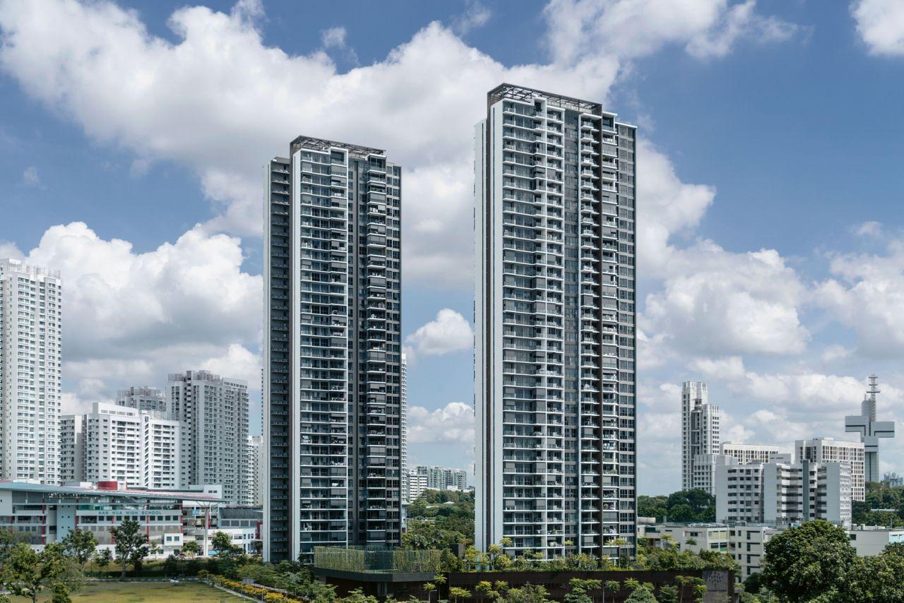 Die beiden Wohntürme des Clement Canopy in Singapur ragen 140 m in die Höhe. 1'900 Module, die für die 500 Wohnungen zusammengefügt wurden, bilden die tragende Struktur.
