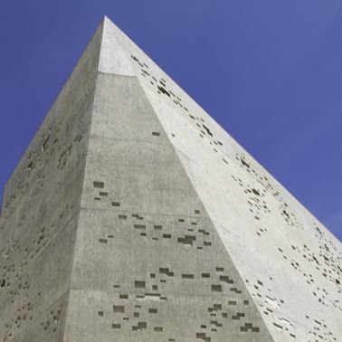 Architectural concrete facade produced with Sika concrete admixtures
