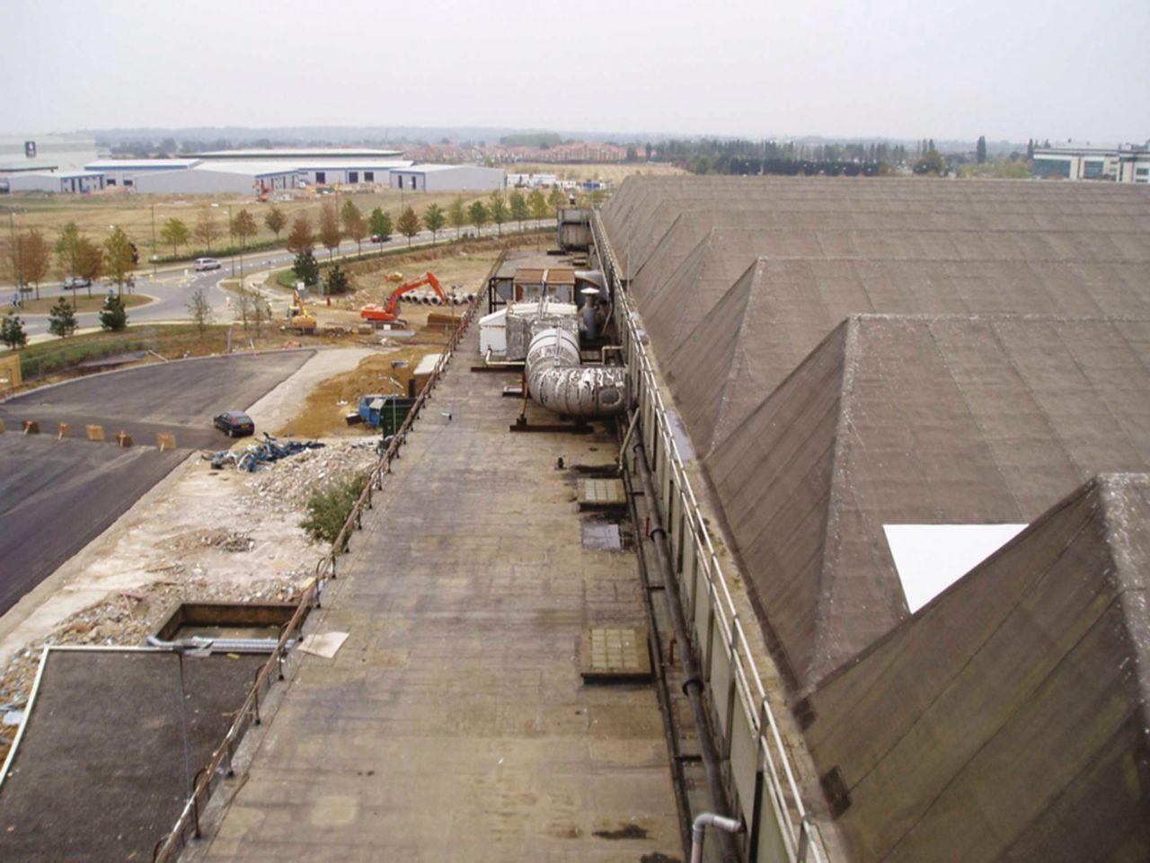 Comet hangar roof before renovation of bitumen roof