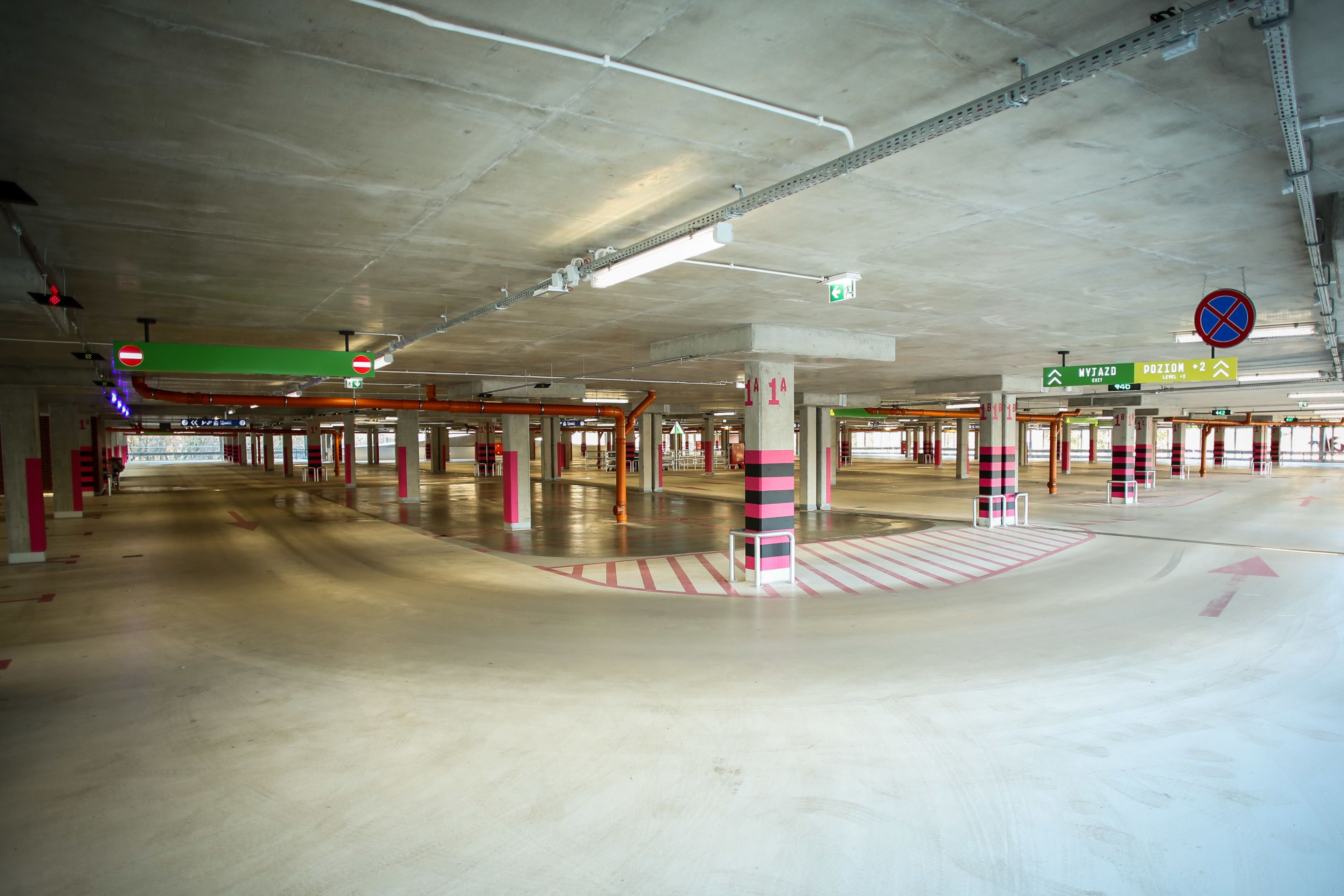 Car park systems for Manufaktura Shopping Center in Poland