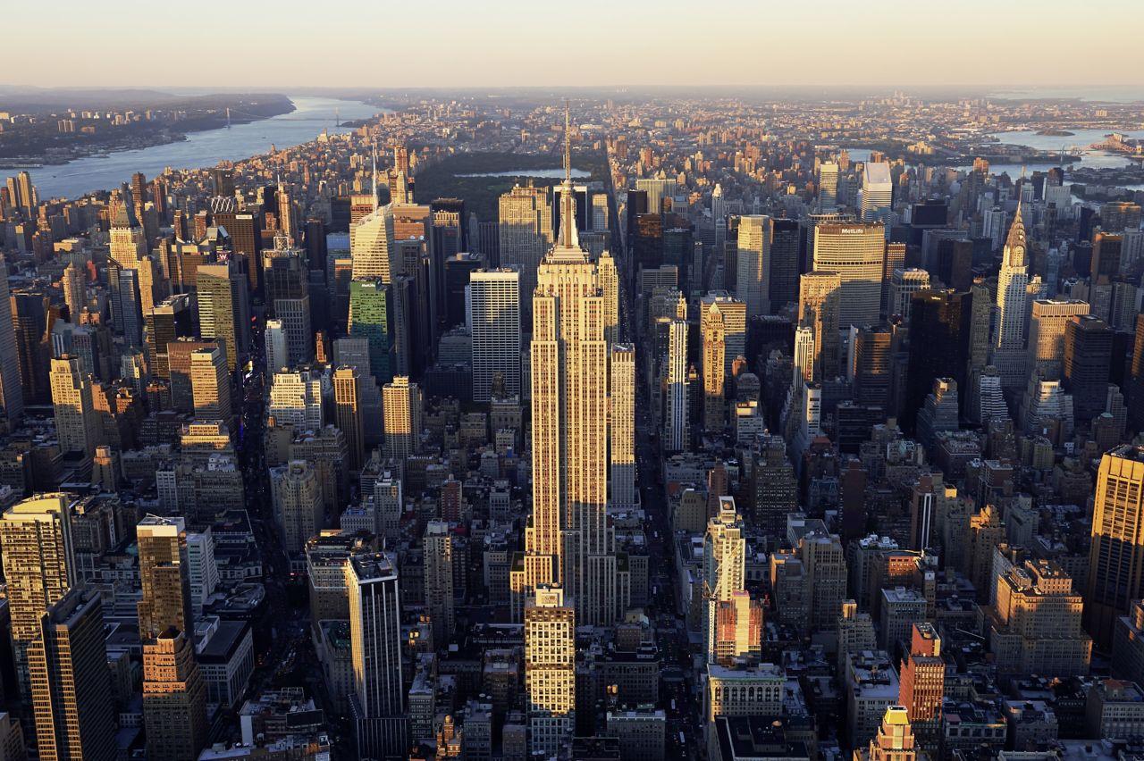 glo-city-skyline