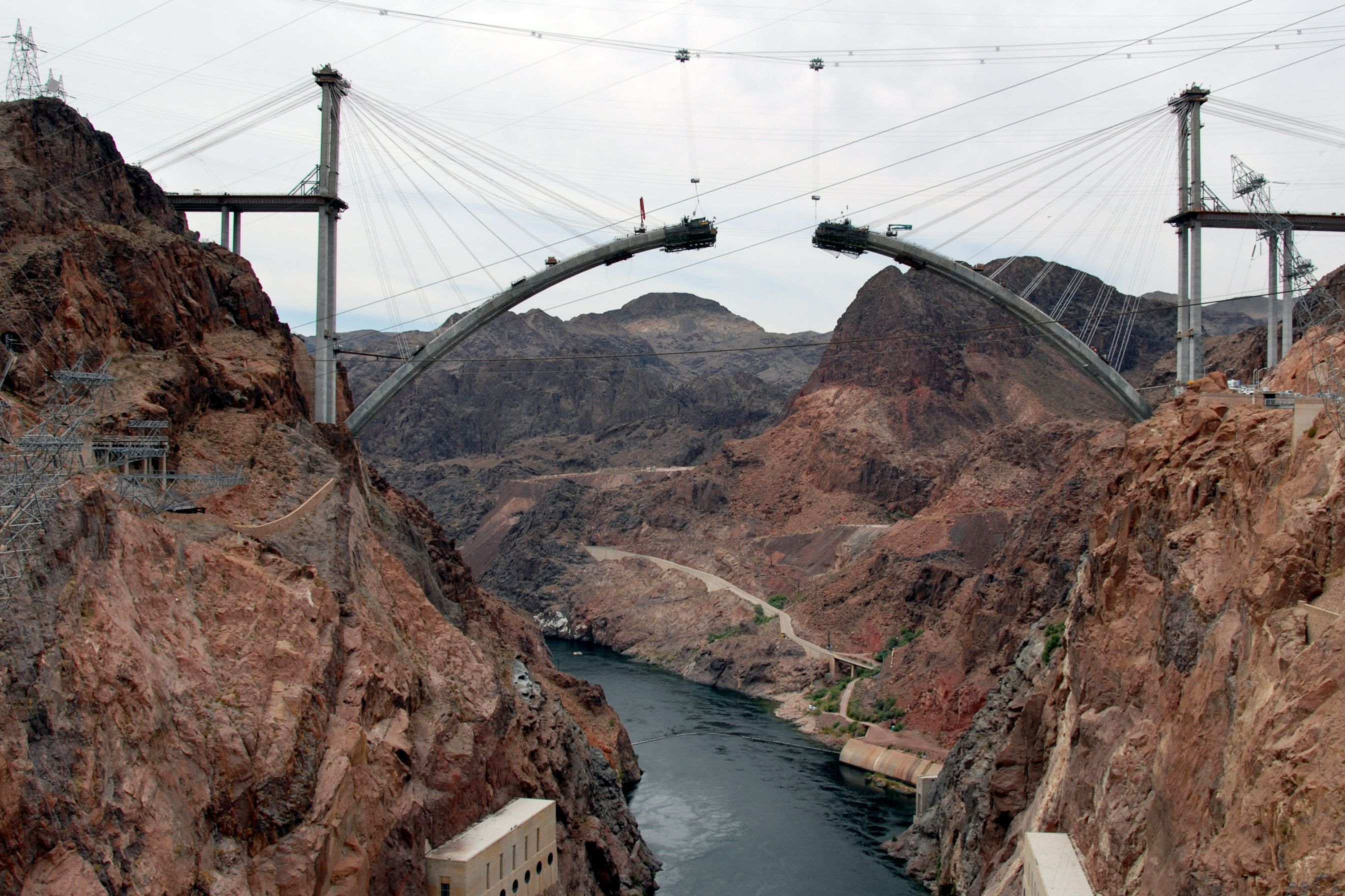 Colorado River Bridge precast concrete structure produced with Sika admixtures