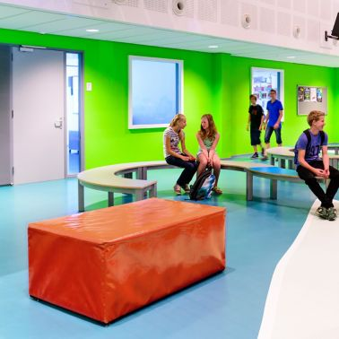 Sika ComfortFloor® blue floor at Revius Lyceum school lobby in Netherlands