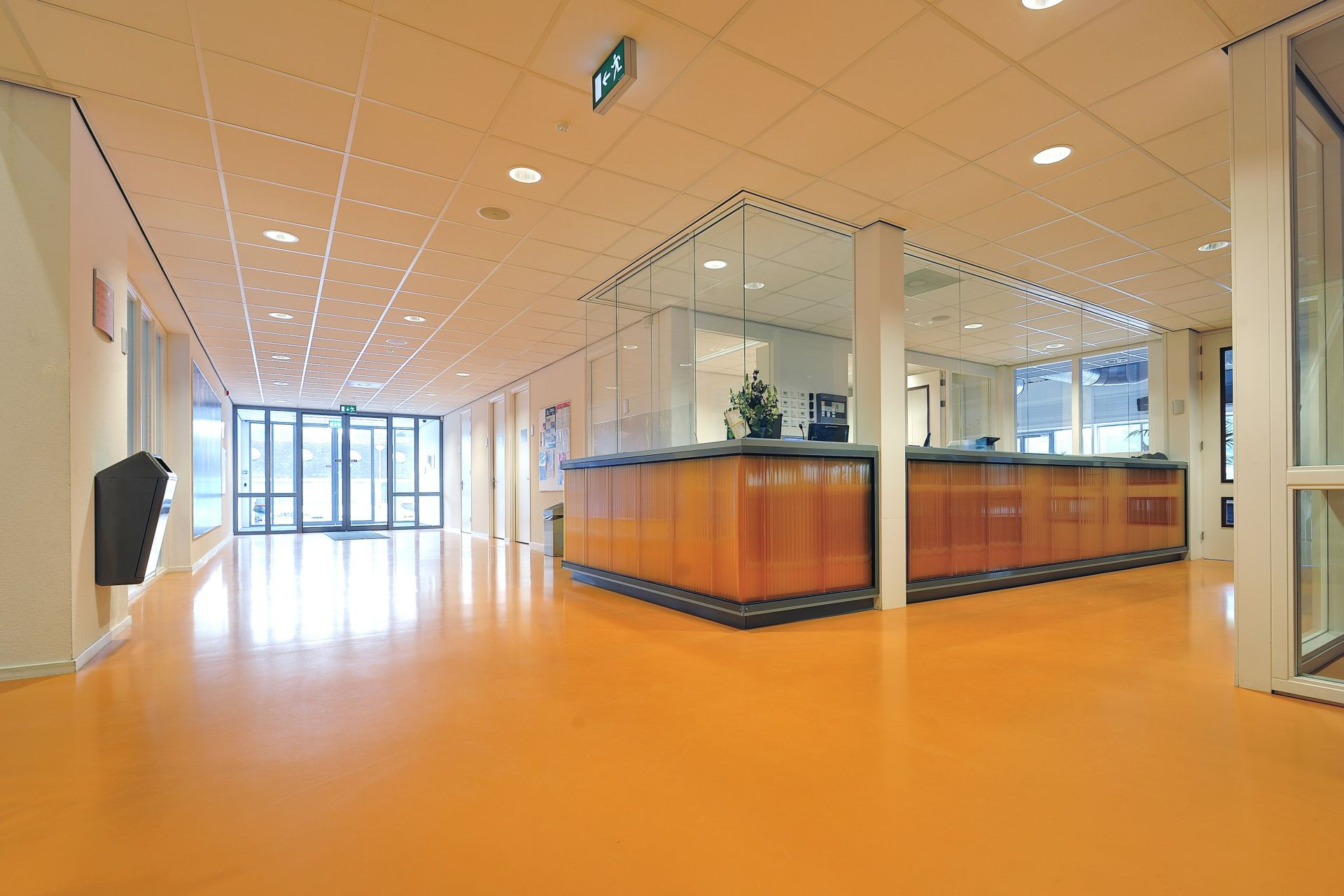 Decorative orange comfortfloor in a hospital