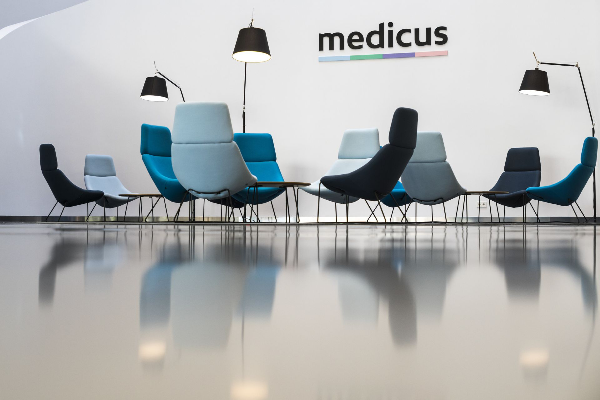 Sika ComfortFloor® grey floor at Medicus Medical Center in Wroclaw, Poland