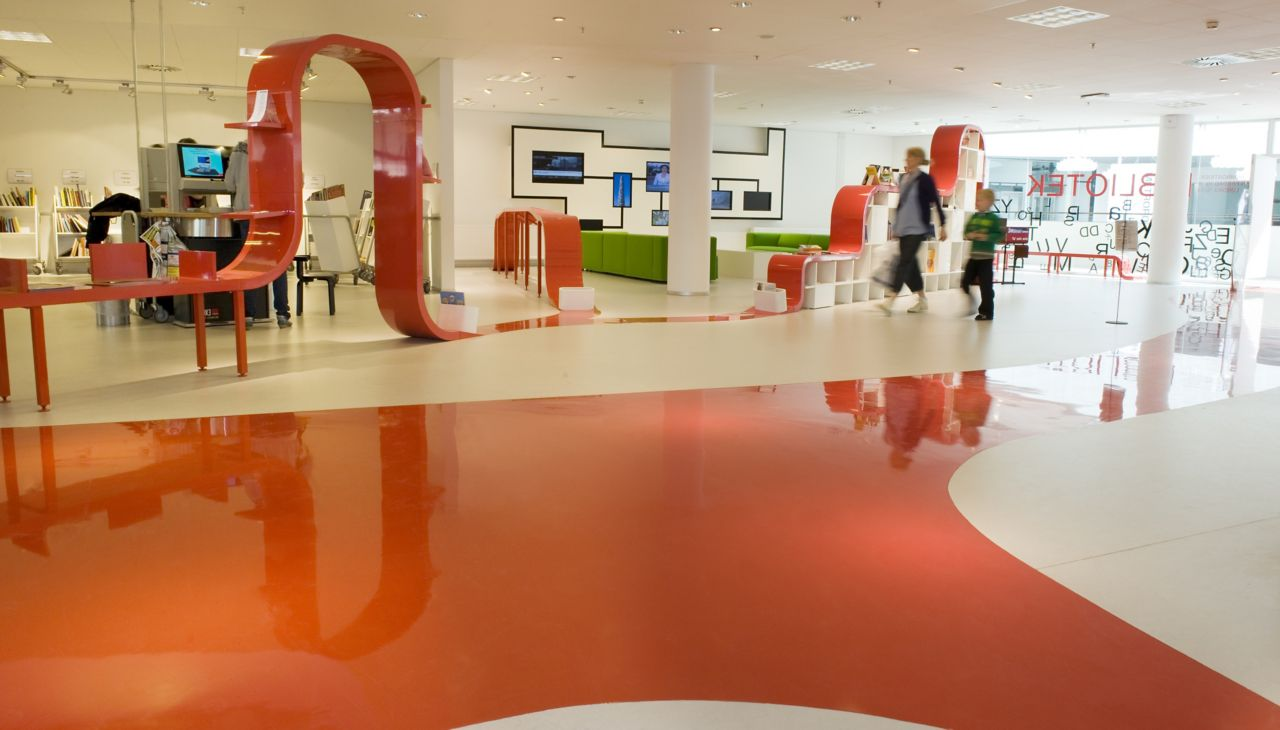 Colorful decorative floor made with Sika ComfortFloor system in Hjorring Library in Denmark
