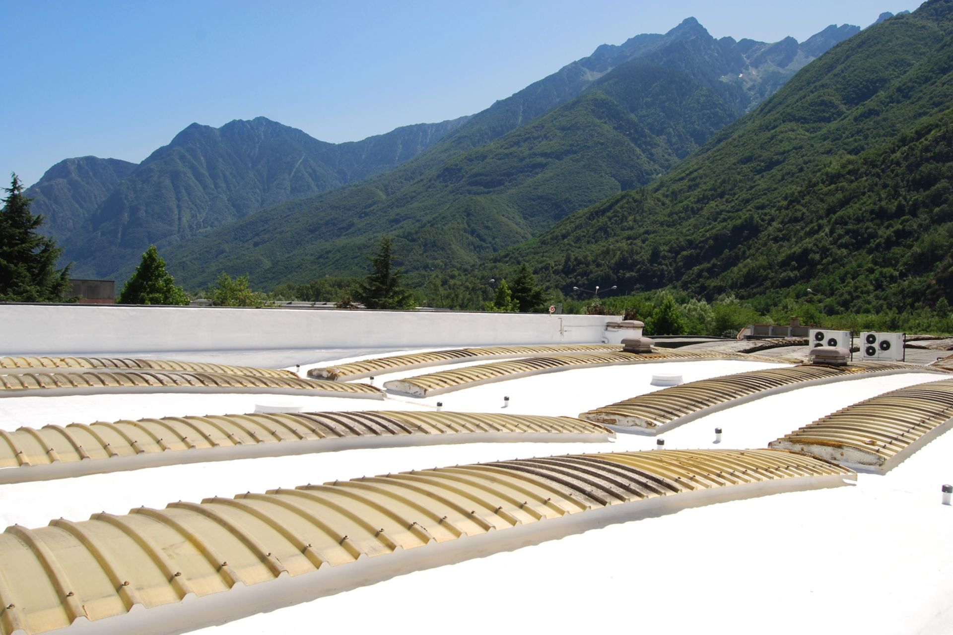 Roof of the Leaf Italy S.R.L Factory