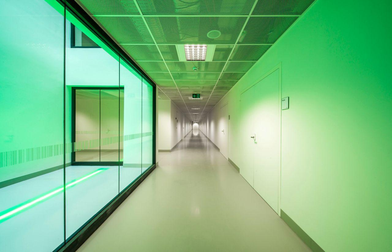 Διάδρομος νοσοκομείου Groeninge στο Kortrijk, Βέλγιο με Sika ComfortFloor
