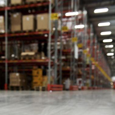 Floor joint in warehouse floor