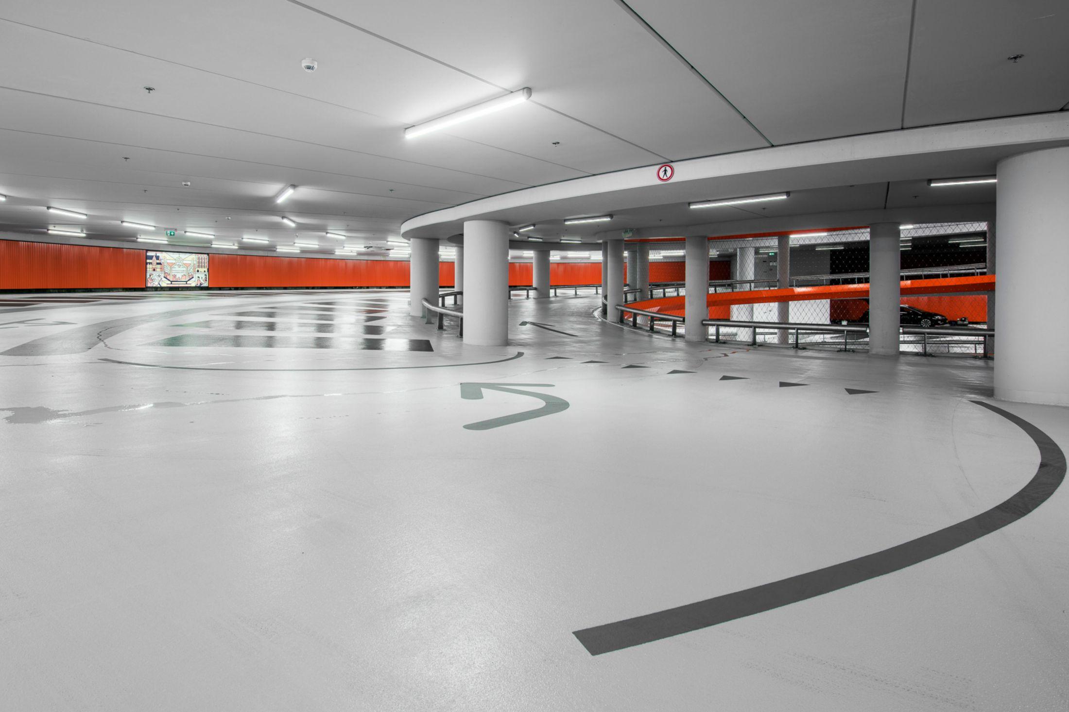 Sika flooring system in parking garage Lammermarkt in Leiden Netherlands