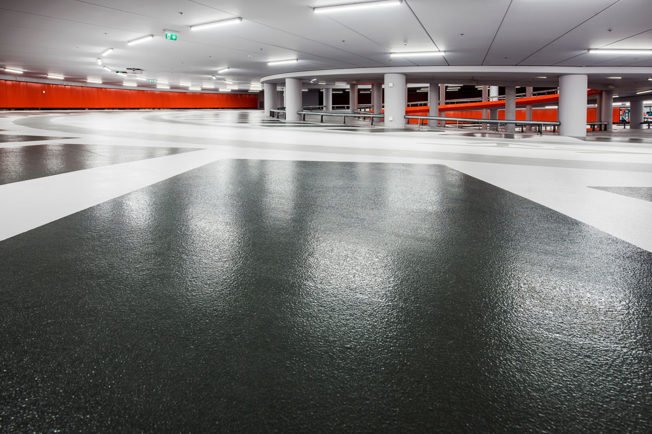Sika flooring system in parking garage Lammermarkt in Leiden Netherlands
