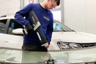 Worker using a PowerCure application equipment
