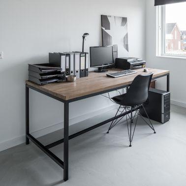 Sika ComfortFloor® grey floor in home office desk with chair and window