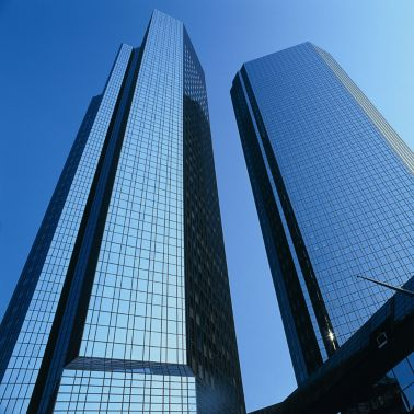 Highrise office building facade with weather sealing glazing
