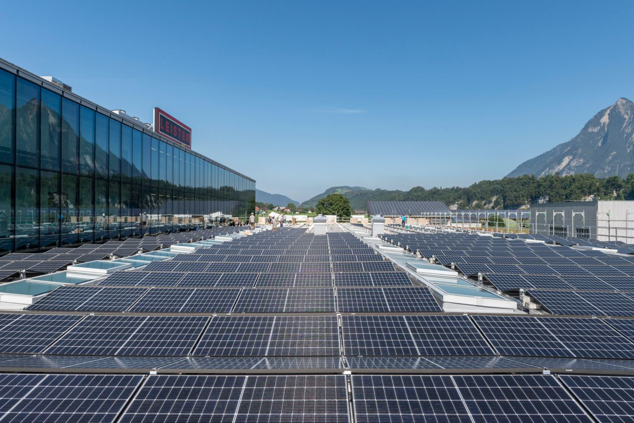 Refurbishment of Leister Technologies AG Roof