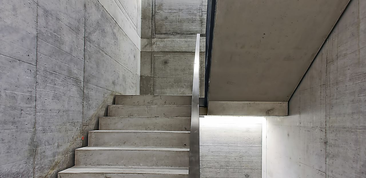 Concrete staircase in Sika office building in Zurich