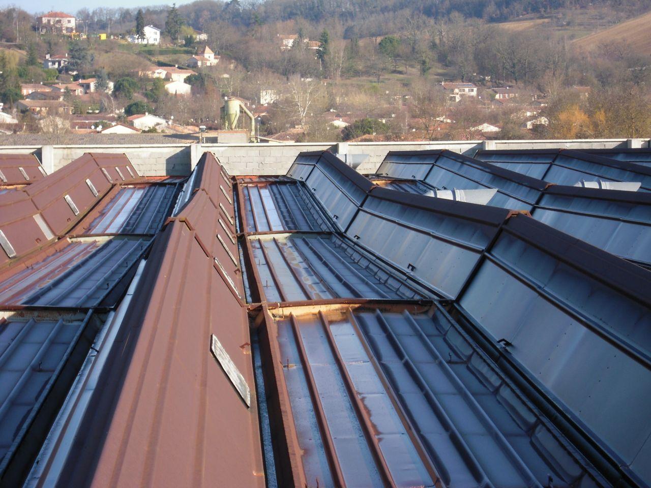 Metal roof before renovation repair