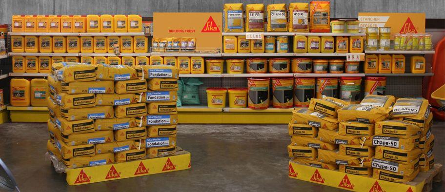 Sika shelf presentation for French distributors