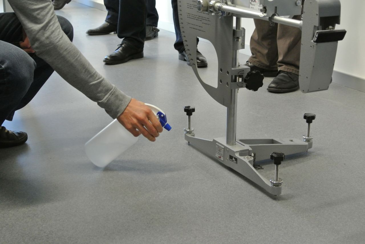 Pendulum Tester Floor Roughness