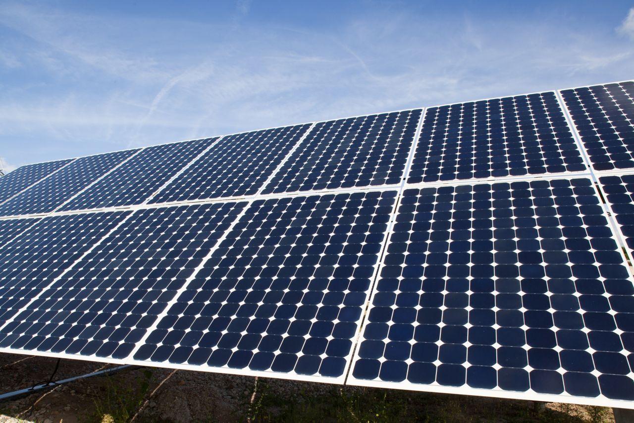 Athin film solar photovoltaic farm