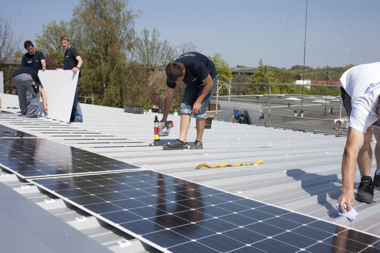 Solar applications performed with Adhesive